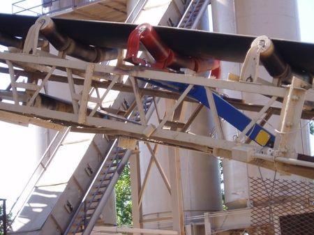 8Plant Conveyor Close Up.